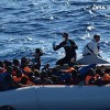 Migrants: the foundering and the fear