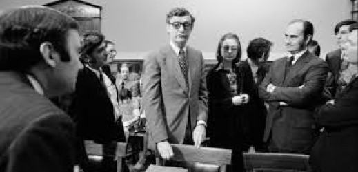 Hillary Clinton, la candidata senza passato