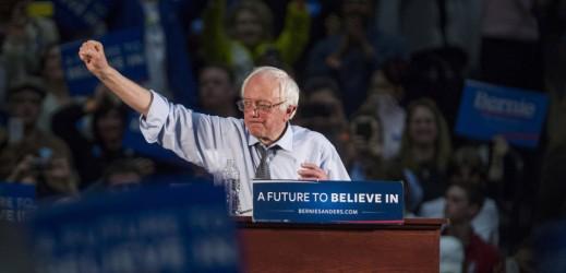 Convention Democratica: le mosse di Sanders prima di concedere alla Clinton